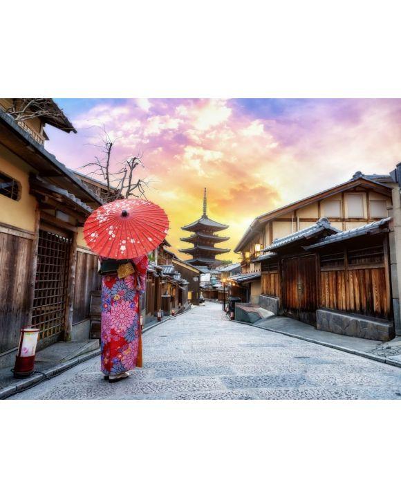 Lais Puzzle - Junge Frau, die einen traditionellen japanischen Kimono mit japanischem Regenschirm trägt, an der Yasaka-Pagode und an der Sannen Zaka-Straße in Kyoto, Japan - 100, 200, 500, 1.000 & 2.000 Teile