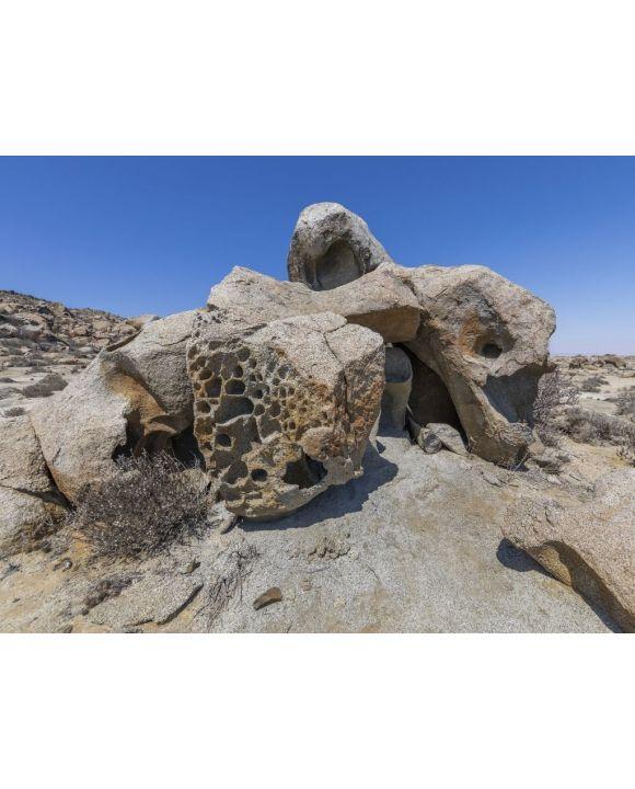 Lais Puzzle - Zoologico de Piedra, große Felsbrocken in der Atacama-Wüste, eine beeindruckende Landschaft mit erstaunlichen Felsformationen, die seltene Tierformen schaffen, schöne natürliche Texturen in einer natürlichen, trockenen Umgebung auf einer...