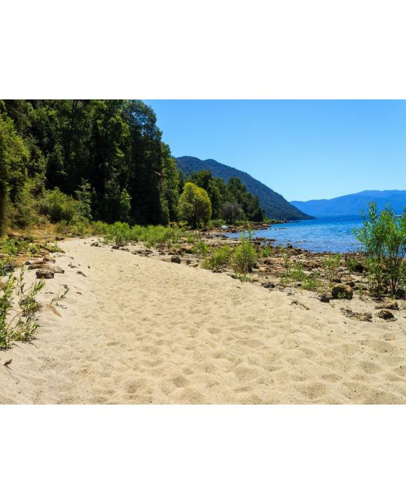 Lais Puzzle - Caburgua Lake Rivera, Chile - 100, 200, 500, 1.000 & 2.000 Teile