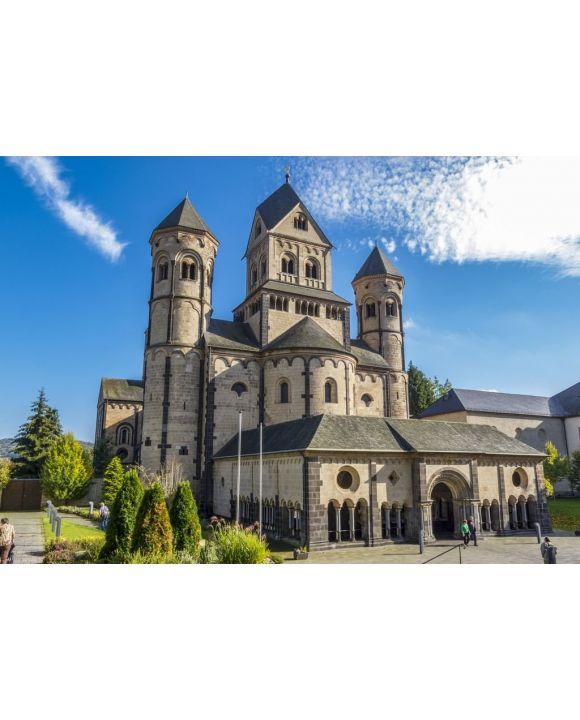 Lais Puzzle - Abtei Maria Laach, eine Benediktinerabtei am Südwestufer des Laacher Sees, Laacher See bei Andernach, Eifel, Rheinland-Pfalz Deutschland - 500 & 1.000 Teile