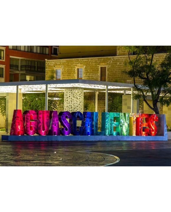 Lais Puzzle - Nachtszene in der Innenstadt von Aguascalientes, Mexiko - 500 & 1.000 Teile