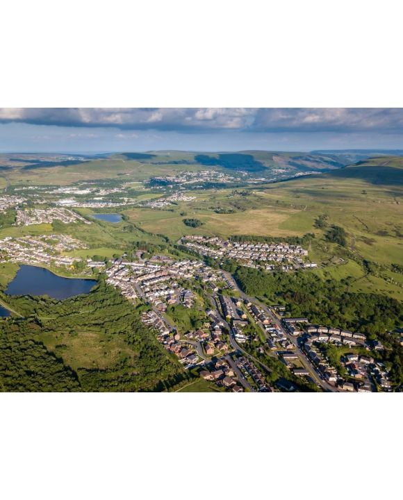 Lais Puzzle - Luftaufnahme der Stadt Brynmawr in den Tälern von Südwales - 500 & 1.000 Teile