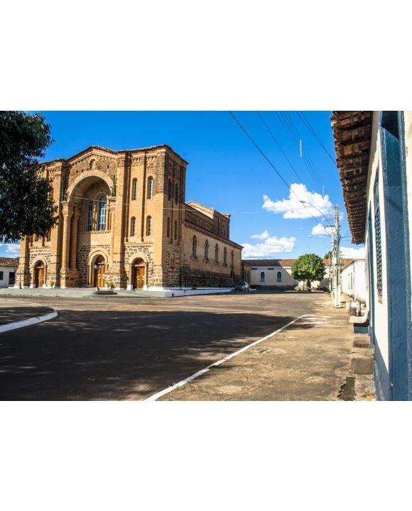 Lais Puzzle - Porto Nacional, Tocantins, Brasilien, Kathedrale Unserer Lieben Frau der Barmherzigkeit, National Harbor - 500 & 1.000 Teile