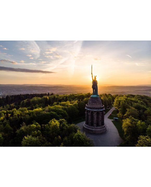 Lais Puzzle - Hermannsdenkmal bei Sonnenaufgang, Detmold - 500 & 1.000 Teile