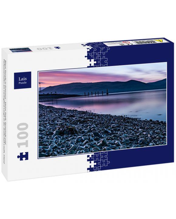 Lais Puzzle - Blaue Stunde in Greenore - kleine Stadt, Gemeinde und Tiefwasserhafen am Carlingford Lough in der Grafschaft Louth, Irland - 100 Teile